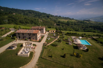 farmhouse mugello with swimmingpool