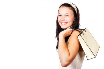 portrait-of-amiling-teenage-girl-with-bag