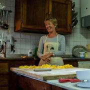caccia al tartufo con corso di cucina vicino Firenze